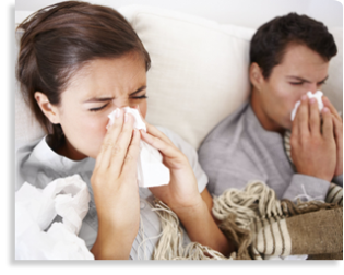 contac-cold-flu-symptoms-sneezing-couple